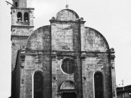 Pročelje crkve Uznesenja Blažene Djevice Marije 1973. godine, Savičenta. (fn. 11923) Iz arhive Arheološkog muzeja Istre