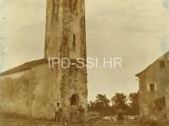 Crkva sv. Ivana evanđelista snimljena 1919. godine, Gajana. (fp. 571) Iz arhive Arheološkog muzeja Istre