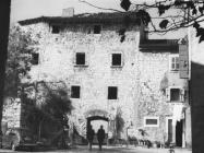 Pogled na kulu s kućom 1968. godine, Umag. (bn. 8665) Iz arhive Arheološkog muzeja Istre