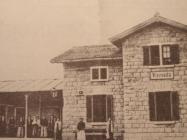Željeznička stanica godinu dana nakon otvaranja (1903.), L'Arena di Pola (4. travanj 1973.)
