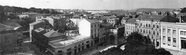 Ulicama našega grada: Pula kroz fotoobjektiv Alojza Orela 1950. – 1990. – interaktivni postav fotografija